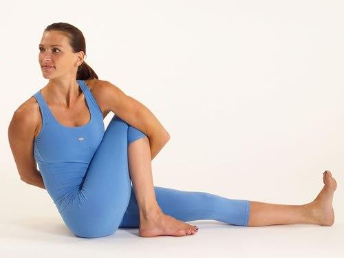 Позы (асаны) на баланс на руках в йоге | «ТОТ» йога-центр | 375x500