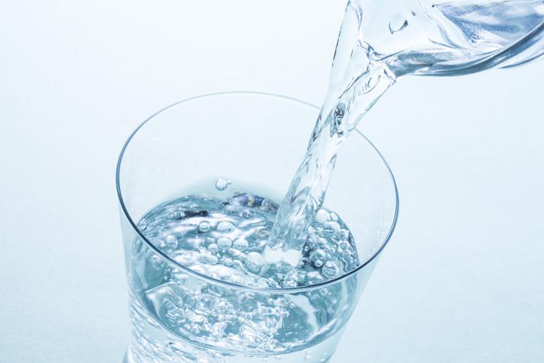 Дистиллированная вода.